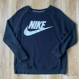 Nike Womens Spell Out Crewneck Sweatshirt Size S